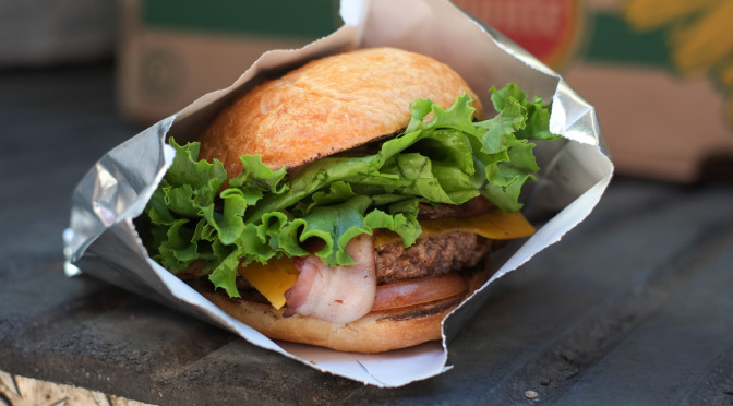 Street Food Quickie: Bacon Cheeseburger at The Local Omnivore